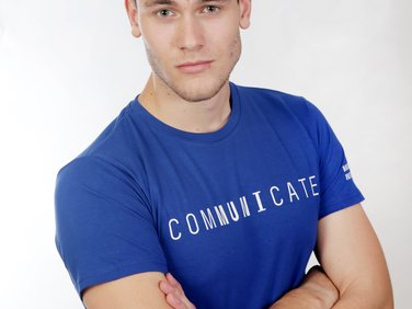 Men's  T-shirt comMUNIcate, blue