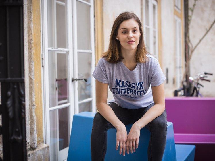 Tričko MU dámské šedé